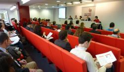 La Cámara de Comercio e Industria de Álava, junto con el Gobierno Vasco, explica a las empresas del Territorio el programa Global Lehian de ayudas a la internacionalización