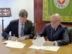 La Cámara de Álava firma un convenio con Kutxabank sobre líneas de financiación de hasta 85 millones para el comercio exterior de las pymes