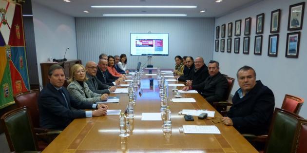 Una delegación del Estado de Querétaro, Mexico, se reúne con representantes alaveses